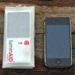 Kleiner als ein iPhone 4 wie der Blog http://www.everydaycarry.co.uk/ feststellt